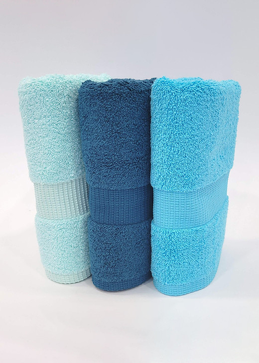 Vert nil / Bleu pétrole / Bleu turquoise